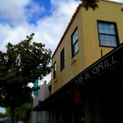 Photo taken at Pappy McGregor's Pub & Grill - Paso Robles by Artie R. on 4/13/2012
