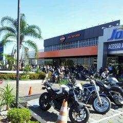 Photo taken at Brasília Harley-Davidson by Yuri G. on 4/21/2012