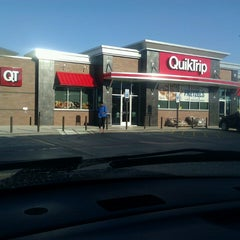 Photo taken at QuikTrip by Roy H. on 3/14/2013