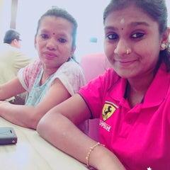 Photo taken at Pizza Hut by Santhiya J. on 8/31/2015