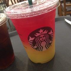 Photo taken at Starbucks by Bengi O. on 8/27/2015