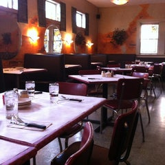 Photo taken at Pompilio's Italian Restaurant by Gary D. on 11/4/2012