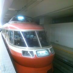 Photo taken at 小田急 新宿駅 2-3番線ホーム by Taro K. on 11/3/2013