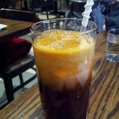 Photo taken at 35 Thai Restaurant by Daniel C. on 12/12/2012