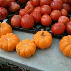 Photo taken at Farmers Market on Cortelyou by rocío aracelis ú. on 10/6/2014