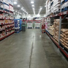 Photo taken at Sam's Club by ACMII♒ on 12/4/2012