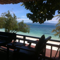 Photo taken at Sarikantang Resort & Spa, Koh Phangan by Adam S. on 9/18/2012