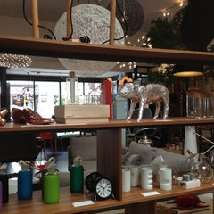 Photo taken at Propeller Modern by Michelle F. on 5/5/2013