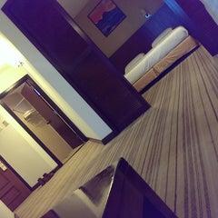 Photo taken at Amansari Residence Resort by Kir Y. on 4/15/2015