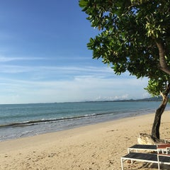 Photo taken at Kantary Beach Kao Lak Hotel by Bluebell B. on 5/30/2015