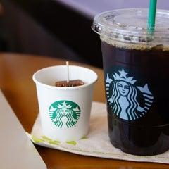 Photo taken at Starbucks Coffee 札幌ステラプレイス センター1階店 by Kéita on 5/17/2013