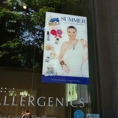 Photo taken at VMV Skin-Specialist Boutique by Kristen O. on 9/20/2013