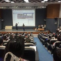 Photo taken at คณะการสื่อสารมวลชน (Faculty of Mass Communication) by iultranann on 11/12/2015