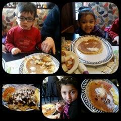Photo taken at Cozy Corner Restaurant & Pancake House by Deisy B. on 3/7/2015