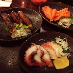 Photo taken at SushiGroove by Ovie K. on 9/9/2015