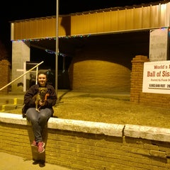 Photo taken at World's Largest Ball Of Twine   (made by a community) by Debbie M. on 11/23/2015