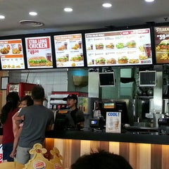 Photo taken at Burger King by mrssts on 10/3/2015