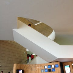 Photo taken at IVAM - Institut Valencià d'Art Modern by Idris H. on 11/9/2012