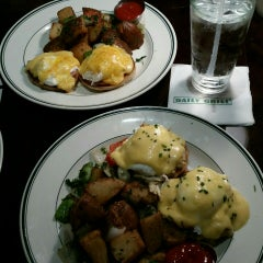 Photo taken at Daily Grill - Georgetown by jessica e. on 6/20/2015