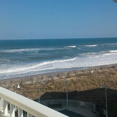 Photo taken at Hilton Garden Inn Outer Banks/Kitty Hawk by Sharon L. on 3/13/2013