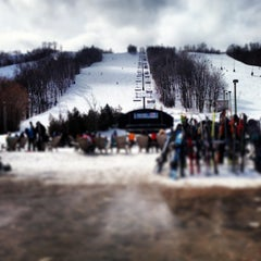 Photo taken at Blue Mountain Resort by Jay S. on 3/24/2013