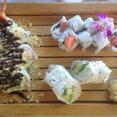 Photo taken at Kiku Sushi by Shawna C. on 7/23/2014