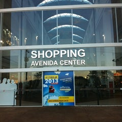 Photo taken at Shopping Avenida Center by Dani F. on 6/17/2013