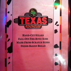 Photo taken at Texas Roadhouse by Stephanie S. on 12/19/2012