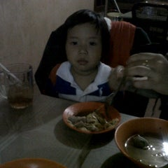 Photo taken at Bakso Awang Long by Rajie S. on 4/22/2012