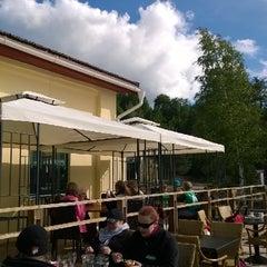 Photo taken at Ravintola Ruukin Krouvi by Timo T. on 6/21/2014