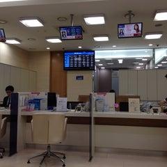 Photo taken at KEB 하나은행 by Kim J. on 2/3/2014