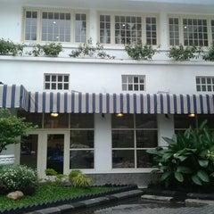 Photo taken at Hotel Majapahit by Dewi W. on 6/17/2013