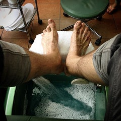 Photo taken at Agua De La Vida Day Spa by Tommi F. on 7/3/2014