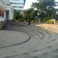 Photo taken at Museum Nasional Indonesia by Ervina R. on 9/22/2012