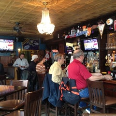 Photo taken at Porters Pub of Federal Hill by Chelsea L. on 4/28/2012