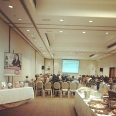 Photo taken at Pestana São Paulo Hotel by Fernando C. on 8/16/2012