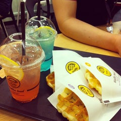 Photo taken at Waffle Bant by 4thdream on 8/23/2012