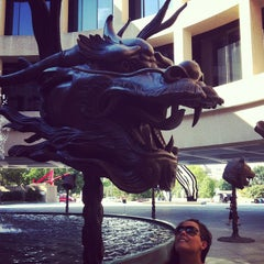 Photo taken at Hirshhorn Museum and Sculpture Garden by Maria G. on 8/29/2012
