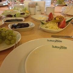 7/26/2012 tarihinde KezbaN U.ziyaretçi tarafından Sultanzade Sofrası'de çekilen fotoğraf