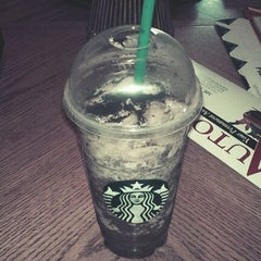 Photo taken at Starbucks by Joshua O. on 5/14/2012