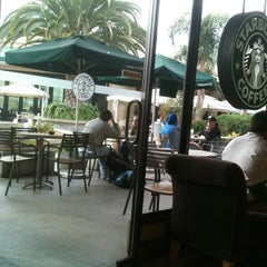 Photo taken at Starbucks by Ramiro S. on 5/22/2012