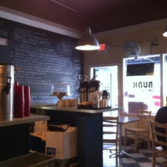 Photo taken at Bunk Sandwiches by Marcus G. on 7/1/2012