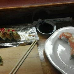 Photo taken at Sushi Zen by Jake Dk Z. on 6/10/2012