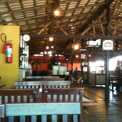 Photo taken at Restaurante Tradição de Minas by Bárbara S. on 6/4/2012