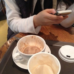 Photo taken at DE CHOCOLATE COFFEE by Jessica C. on 3/9/2012
