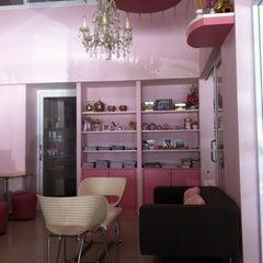 Photo taken at So Sweet Café (แสนหวานคาเฟ่) by nuaoeka on 11/4/2011