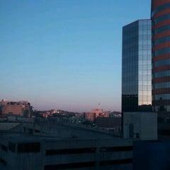 Photo taken at Hilton Garden Inn by Mike R. on 3/10/2012