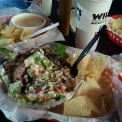 Photo taken at Willy's Mexicana Grill #6 by Daniel V. on 10/28/2011