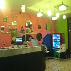 Photo taken at Dolche Frozen Yogurt by Pablo Z. on 3/3/2012