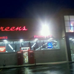 Photo taken at Walgreens by Scott H. on 12/15/2011